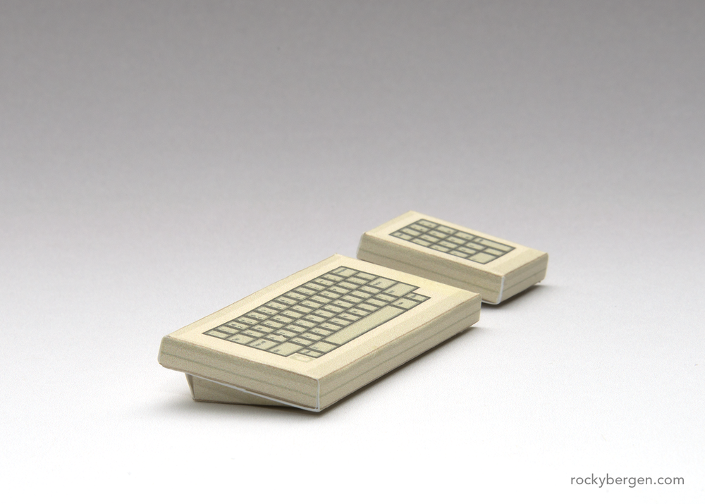 Keyboard with optional number pad © Rocky Bergen